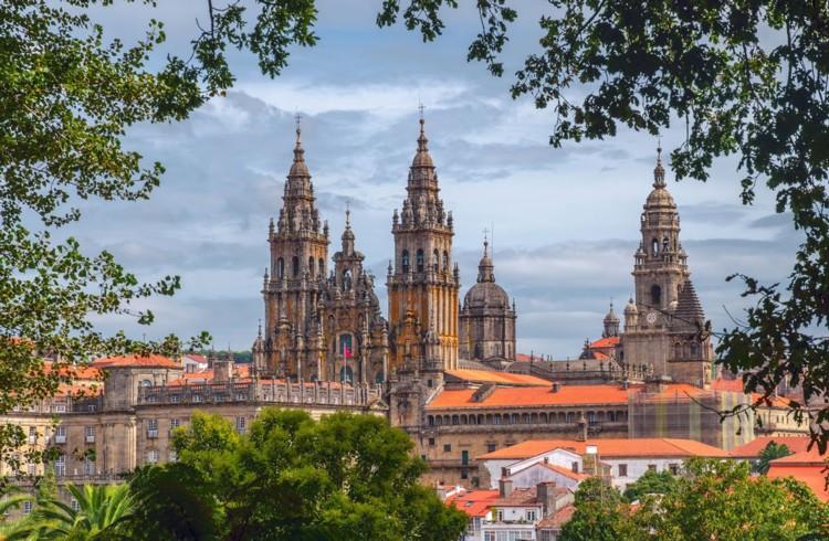 Portogallo Classico e Santiago con autista/accompagnatore