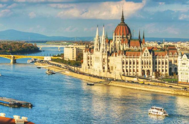 Classico Danubio da Vienna a Vienna - MS CRUCESTAR / MS CRUCEBELLE