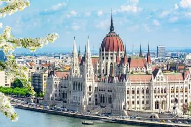 Praga e Budapest